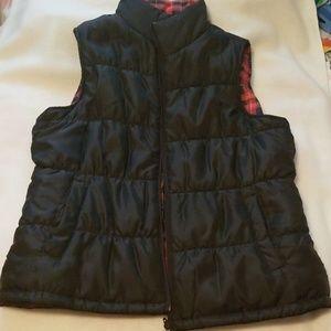 Women's Reversible Puffer Vest